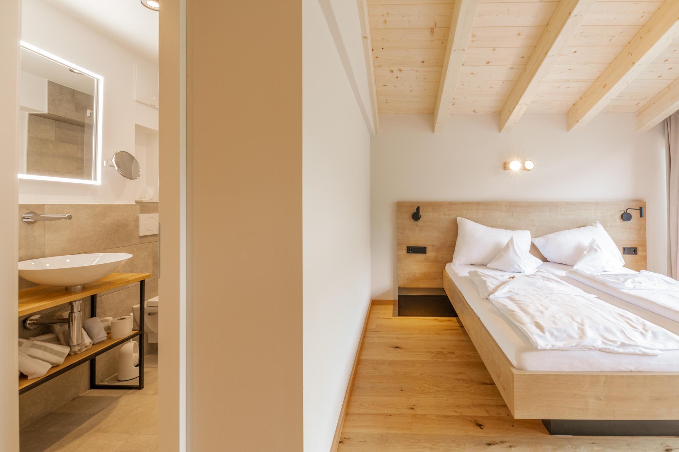 Doppelzimmer Freigeist im Design Hotel Haus Jausern in Saalbach.